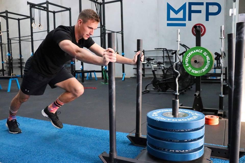 La readaptación del ligamento cruzado anterior. Criterios funcionales para determinar el alta deportiva y   pautas de trabajo.