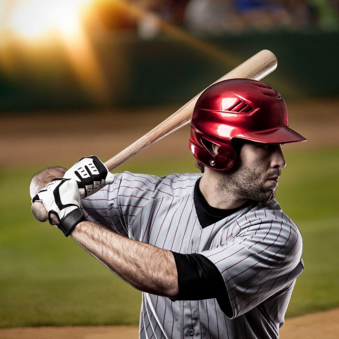Estrategias eficaces para la mejora de la fuerza y el acondicionamiento físico en beisbol y softball.